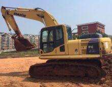 二手小松220-8挖掘机