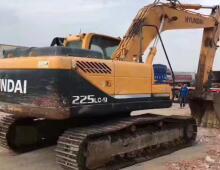 二手現代225-9挖掘機