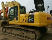 二手小松240-8挖掘機