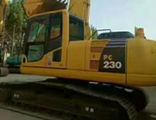 二手小松230-8挖掘机